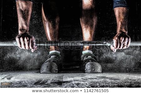 Opleiding actief gespierd shirtless vent houten Stockfoto © pressmaster