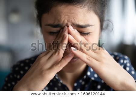 Accablé femme d'affaires pleurer bras visage Photo stock © Kzenon