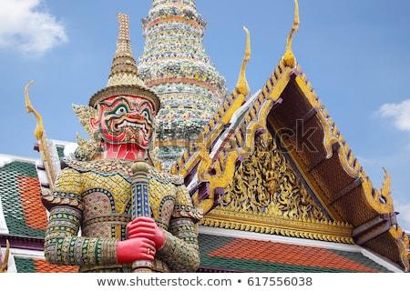 Iblis vasi Bangkok tapınak zümrüt Buda Stok fotoğraf © bloodua