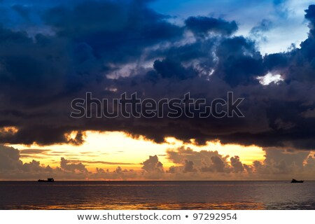navio · nuvens · sul · China · mar · Vietnã - foto stock © fisfra