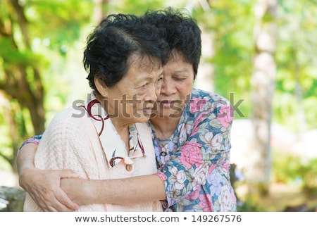 choro · velho · mãe · tiro · mulher · madura - foto stock © szefei