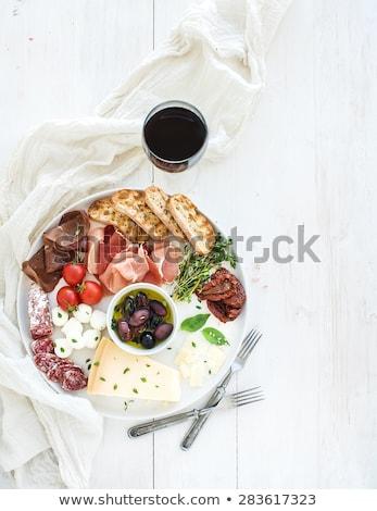 Bor falatozó szett üveg piros fehérbor Stock fotó © Yatsenko