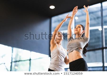 dans · karanlık · genç · modern · tarzda · dansçı - stok fotoğraf © dashapetrenko