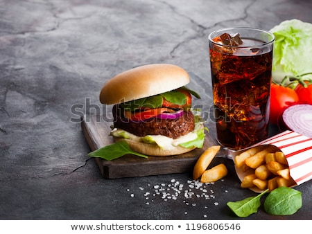 vers · rundvlees · hamburger · saus · groenten · glas - stockfoto © denismart