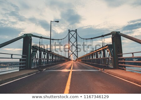 Stockfoto: Bridge view crossing Saint Lawrence river from Ile D'Orleans in Quebec