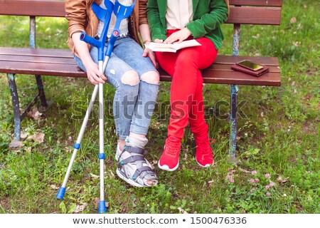 pé · tornozelo · ferimento · fixo · mão · médico - foto stock © kzenon