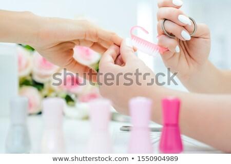 Unhas mulher preparado manicure escove flores Foto stock © Kzenon