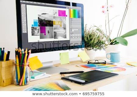 Grafik tasarım resim yazı kalemler dizayn arka plan boyama Stok fotoğraf © bmwa_xiller