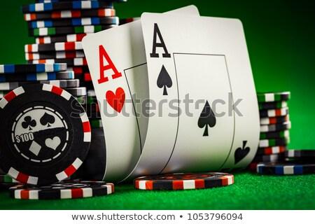 iki · poker · oyun · cips · yeşil · kumarhane - stok fotoğraf © 3523studio