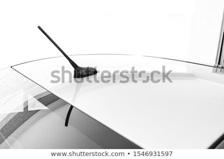 draagbaar · gps · navigatie · bestuurder · eenheid · windscherm - stockfoto © shutswis