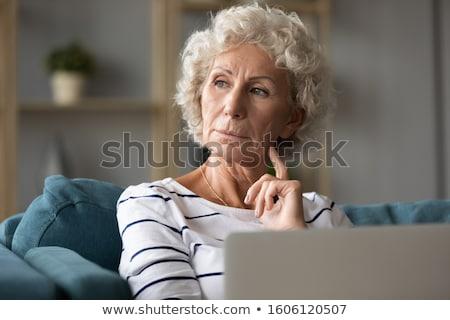 rijpe · vrouw · gedachten · sofa · vrouw · gelukkig · home - stockfoto © wavebreak_media