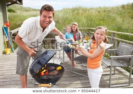 пару · отпуск · барбекю · женщину · пляж · продовольствие - Сток-фото © monkey_business