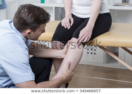 医師 · 調べる · 男 · 脚 · ツール · 医療 - ストックフォト © wavebreak_media