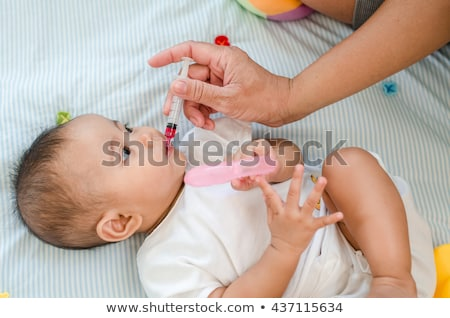 Bebé medicina médicos chupete pastillas Foto stock © Lightsource