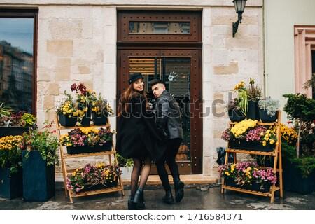 Mode stijl portret paar poseren regenachtig Stockfoto © konradbak
