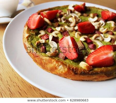 Zielona herbata ciasto truskawki rabarbar nerkowiec orzechy Zdjęcia stock © Virgin