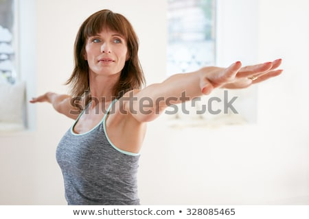 mujer · madura · yoga · maduro · Asia · mujer · aislado - foto stock © is2