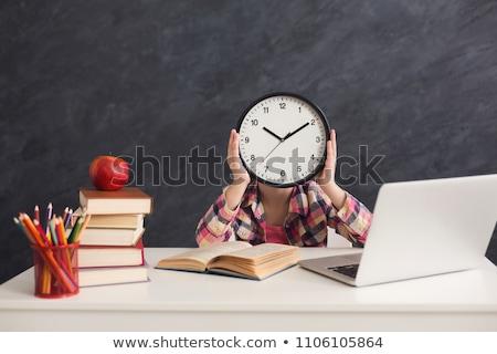 praca · domowa · czasu · mama · pomoc · córka · książki - zdjęcia stock © bluering
