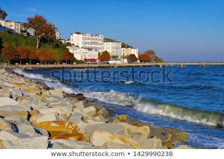 Móló hotelek sziget épület kék utazás Stock fotó © LianeM