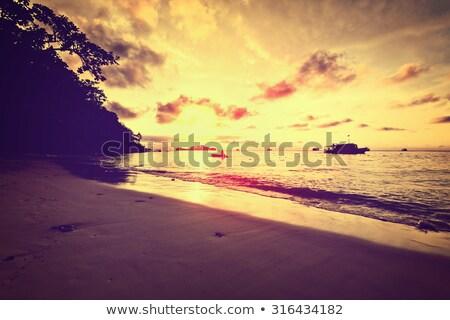 huwelijksreis · Thailand · mooie · landschap · Blauw · water - stockfoto © Yongkiet