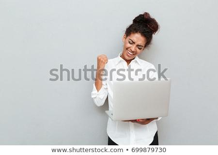 mulher · jovem · laptop · praia · computador · mulher · água - foto stock © andreypopov