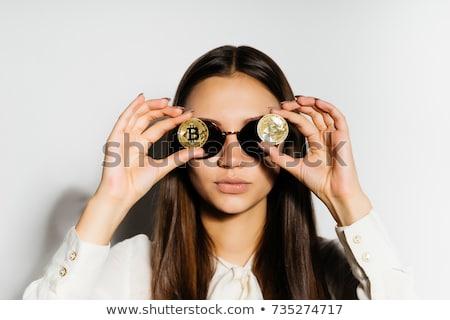 Menina feliz óculos bitcoin sinais ecommerce feliz Foto stock © dolgachov