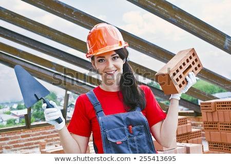 Portret kobiet murarz kobieta człowiek budowy Zdjęcia stock © photography33