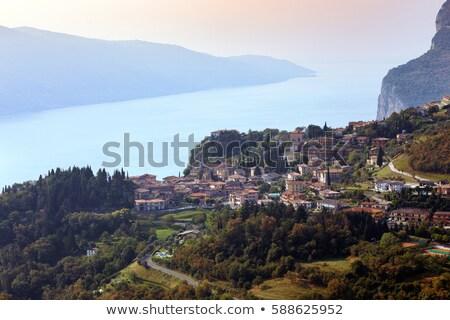 Kilátás tető kicsi óváros Garda-tó ház Stock fotó © master1305
