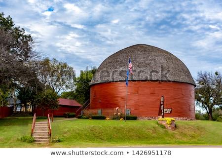 Schuur twaalf gebouw boerderij architectuur landbouw Stockfoto © disorderly