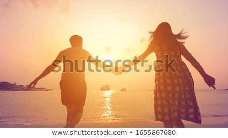 2 · 女性 · 友達 · ビーチ · 海 - ストックフォト © vichie81