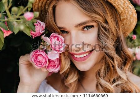 ragazza · fiore · giovani · mani - foto d'archivio © dashapetrenko