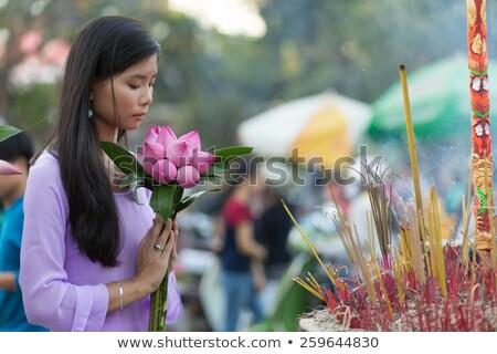 ázsiai · levegő · utaskíserő · imádkozik · béke · cipő - stock fotó © smithore
