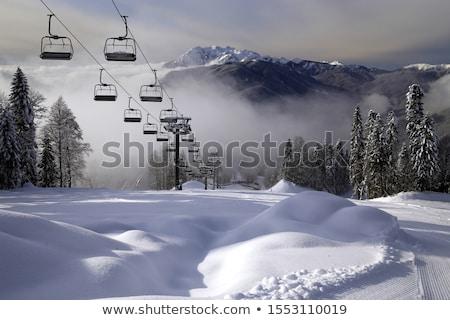 Montagnes ski Resort personnes ski snowboard Photo stock © joyr