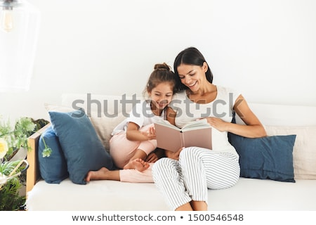 портрет красивой матери мало дочь сидят Сток-фото © Lopolo