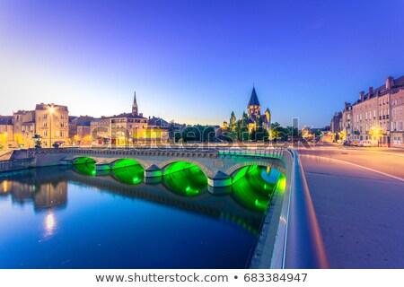 França protestante igreja cidade árvore rio Foto stock © borisb17