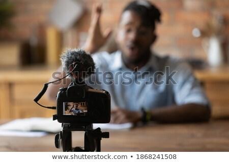 Mannelijke blogger microfoon bloggen mensen camera Stockfoto © dolgachov