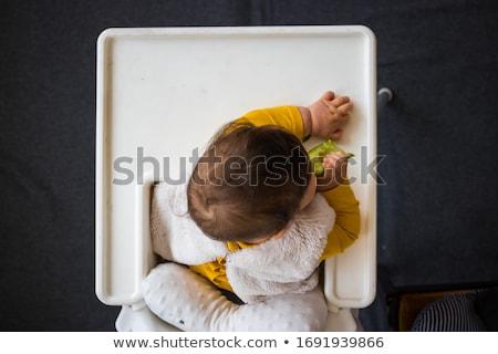 Foto stock: Pequeno · asiático · menina · alto · cadeira · jogar