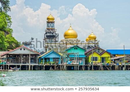 mecset · Brunei · istentisztelet · torony · iszlám · kint - stock fotó © yuliang11