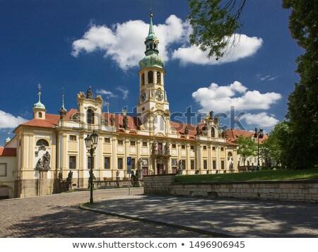 Prága · zarándok · hely · híres · torony · vallás - stock fotó © capturelight