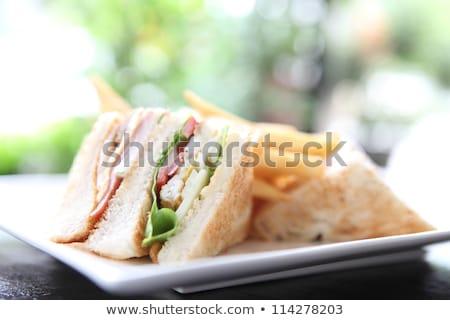 клуба · Бутерброды · служивший · картофельные · чипсы · ресторан · кафе - Сток-фото © digifoodstock