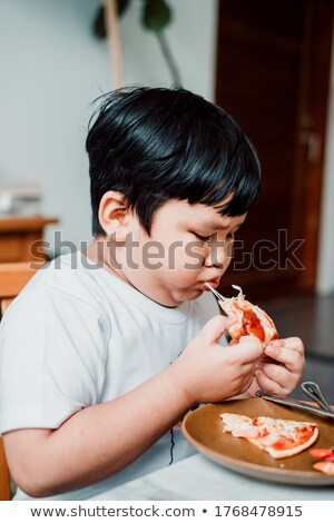 kaukasisch · blanke · man · dienblad · vol · fast · food - stockfoto © rastudio