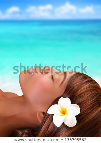 Stockfoto: Portret · mooie · dame · leggen · tropisch · strand · mooie · vrouw