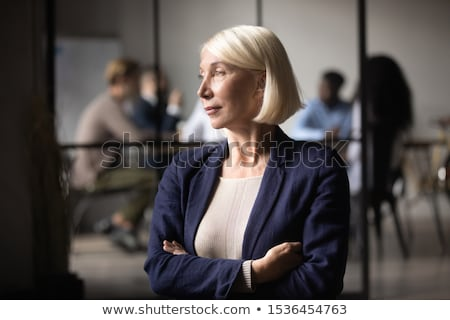 fiatal · üzletasszony · toll · izolált · fehér · iroda - stock fotó © robuart