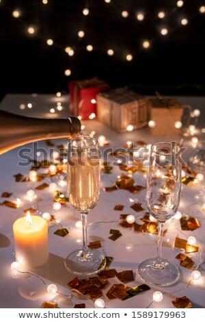 Dois ardente vela tabela dourado Foto stock © pressmaster