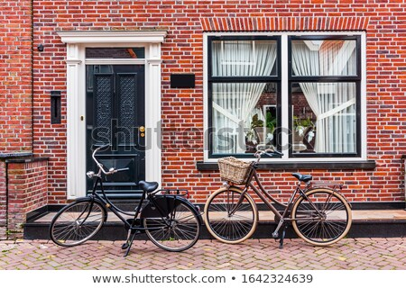 typisch · nederlands · huizen · water · zonnige · voorjaar - stockfoto © ivonnewierink