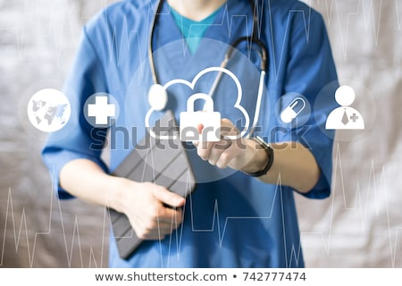 emergenza · medico · donna · ambulanza - foto d'archivio © hasloo