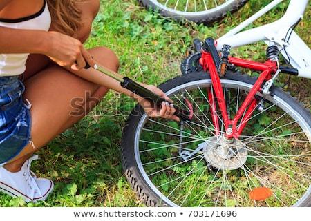 nina · ciclista · reparación · moto - foto stock © nobilior