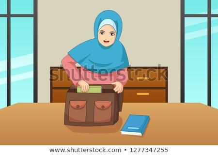 Muzułmanin dziewczyna książki wewnątrz worek ilustracja Zdjęcia stock © artisticco