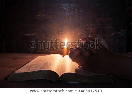 bíblia · natal · vela · velho · foco · palavras - foto stock © yul30