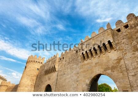 Barrio antiguo puerta Azerbaiyán calle noche torre Foto stock © travelphotography